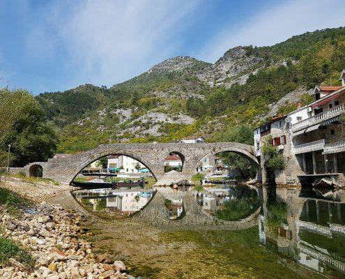Старый мост в Rijeka Crnojevica
